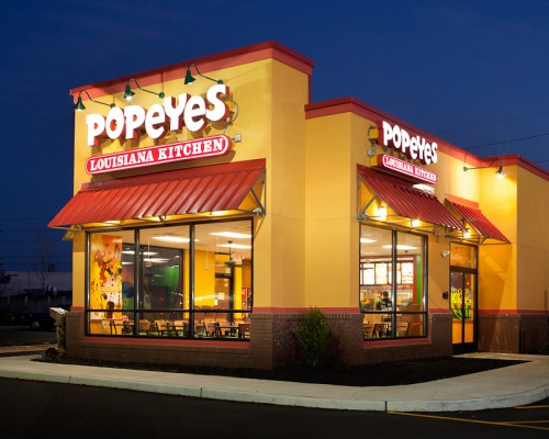 Vineland, New Jersey, Popeyes at night.