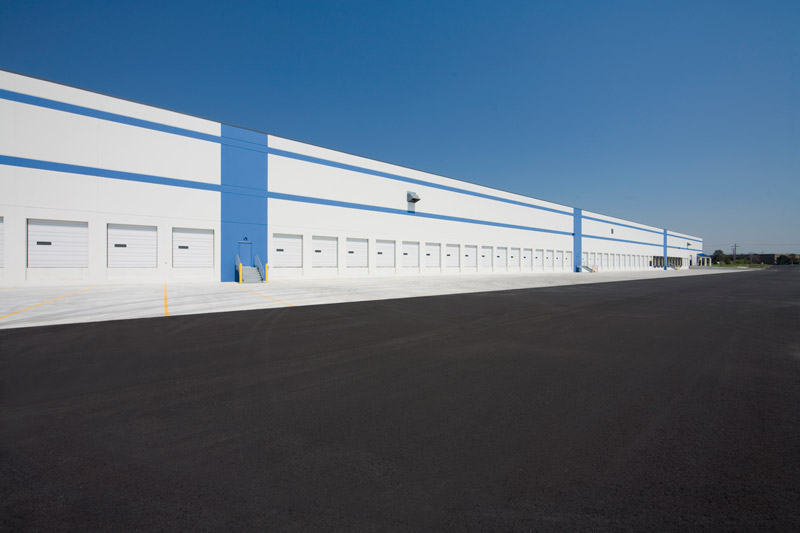 This warehouse contains 600,000 square feet of floor space.