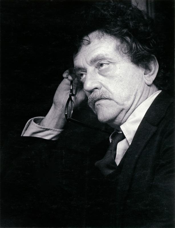 Kurt Vonnegut at 1980 Cornell Daily Sun dinner, 5/15/1980.