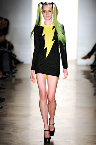 Jeremy Scott Fall 2011 1.jpg