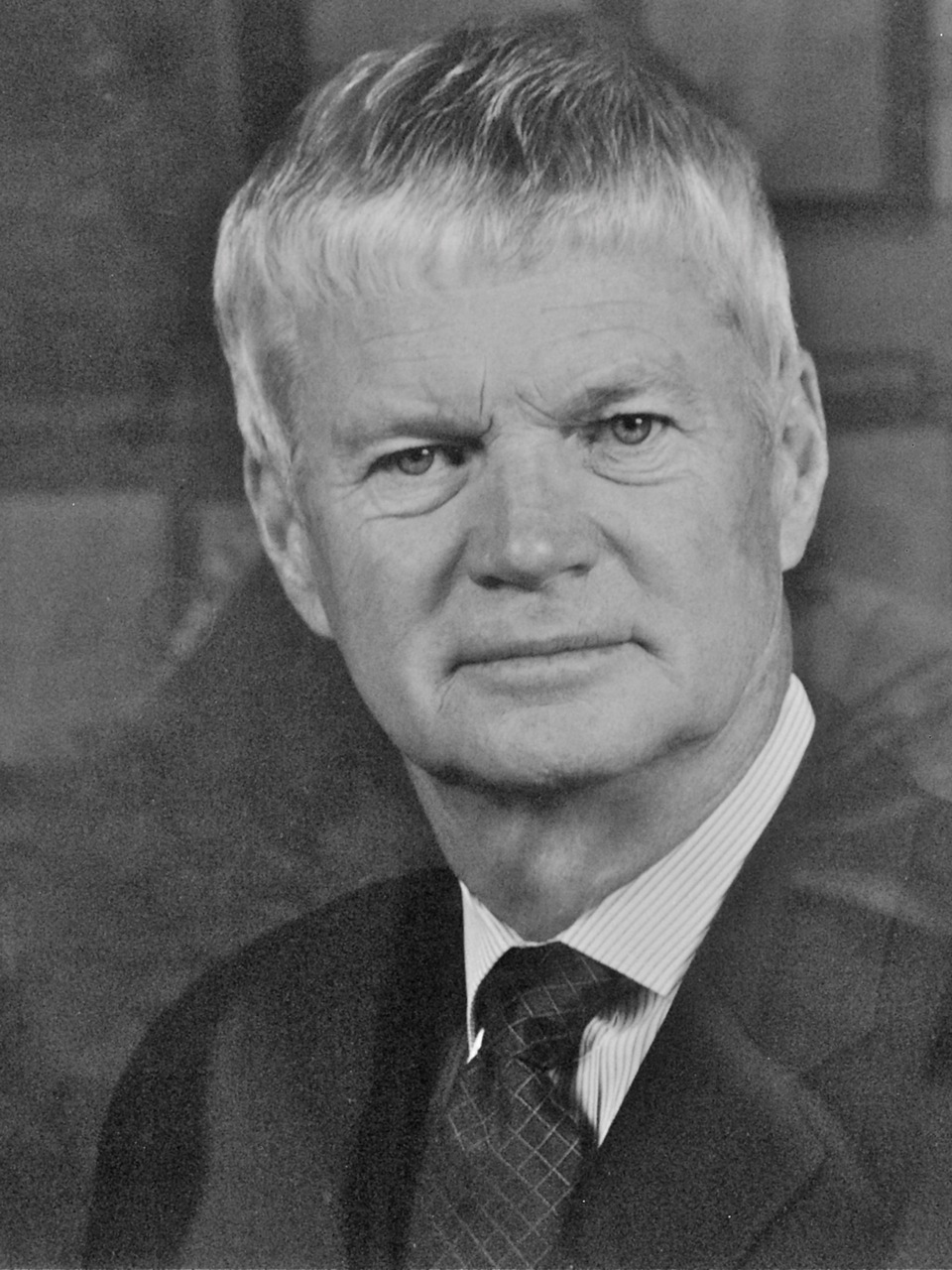 Hon  Lyle Vanclief