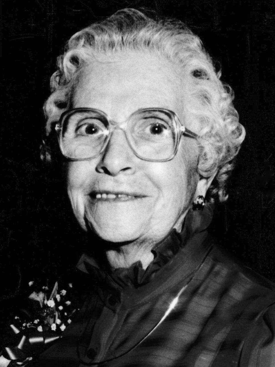 Ruby B Mcculloch