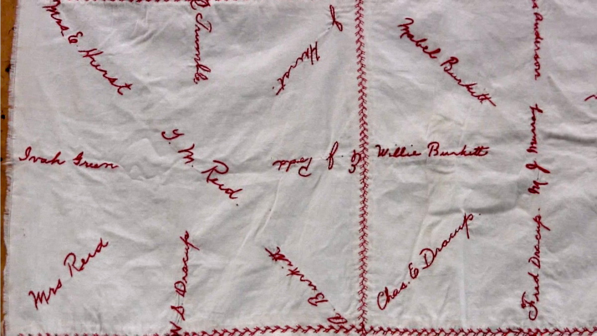 red cross quilt5.jpg