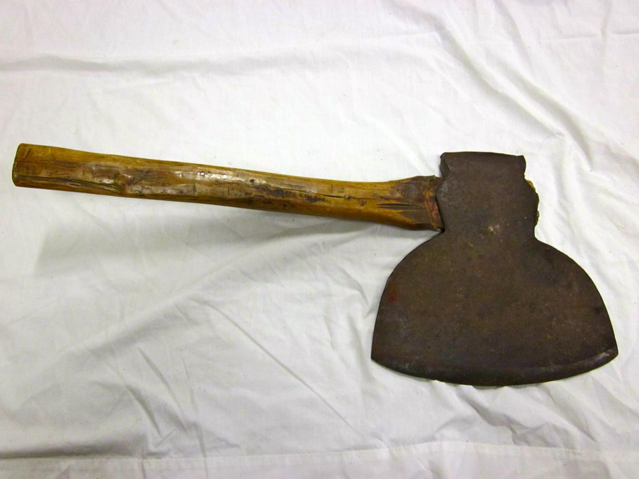 Broad ax, hewing hachet