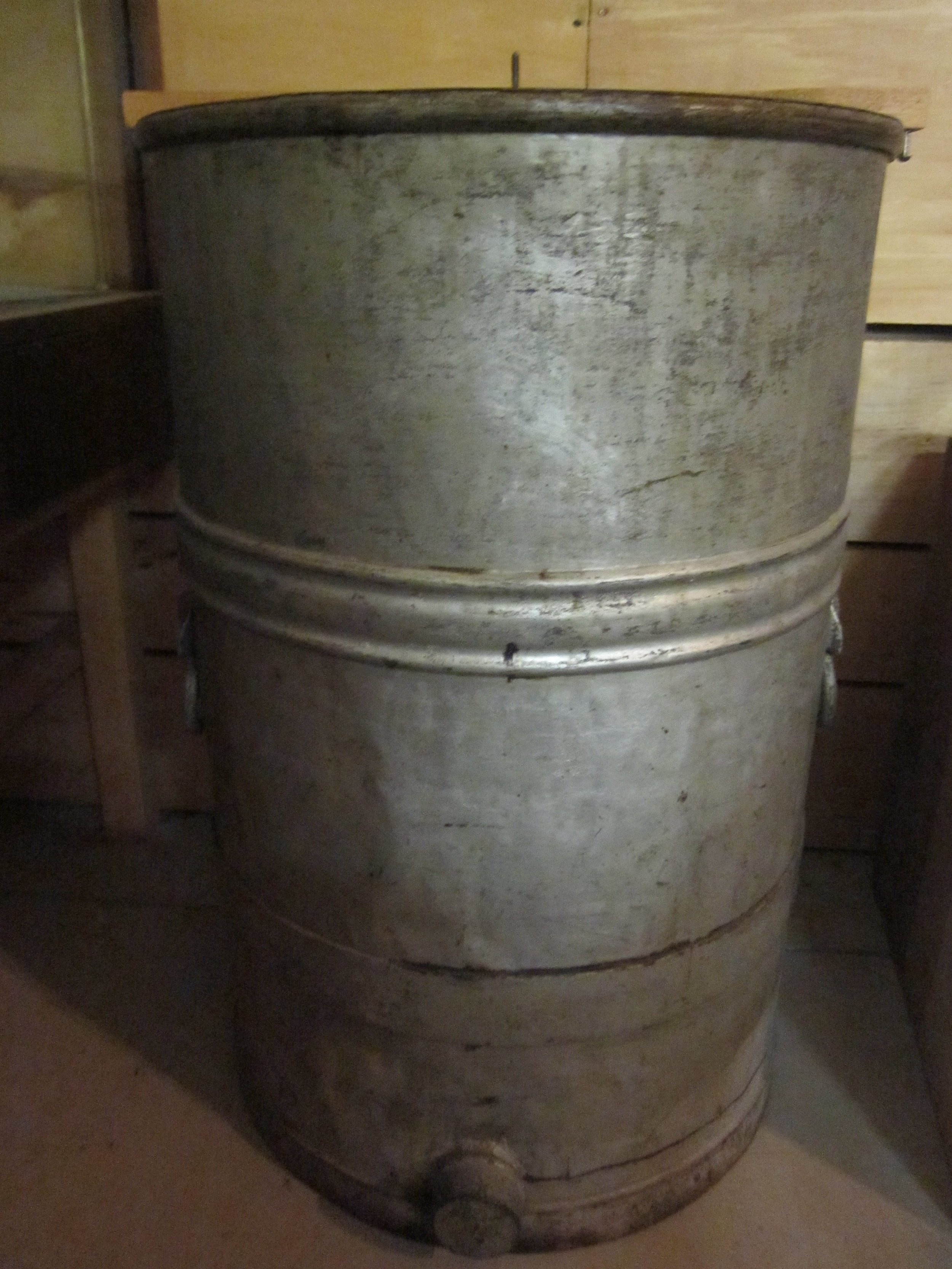 Uncapping barrel
