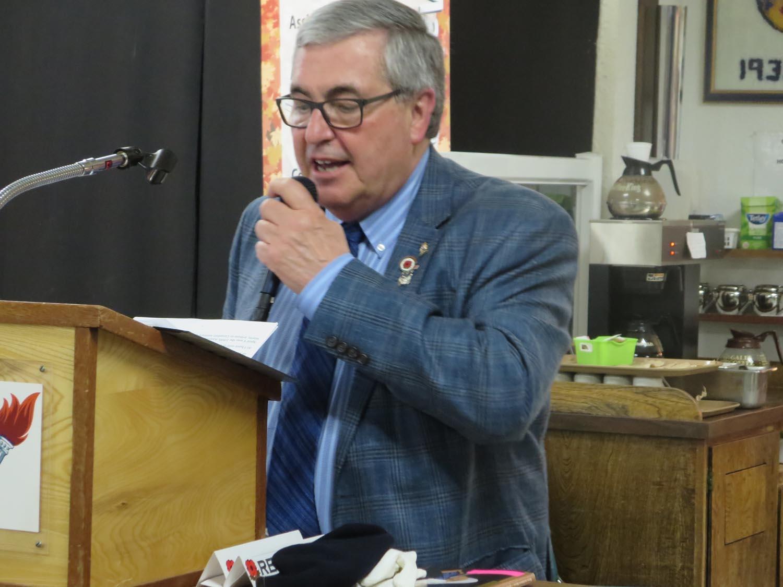 06. Mayor Bill Elliot.JPG