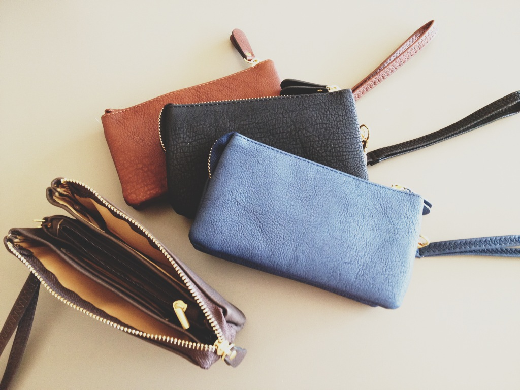 Wallets/Clutches
