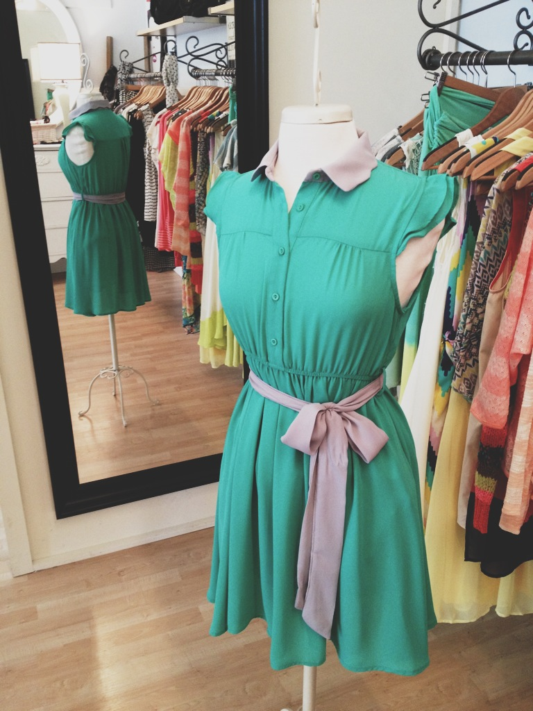 Green Button Up Dress with Gray Collar and Belt