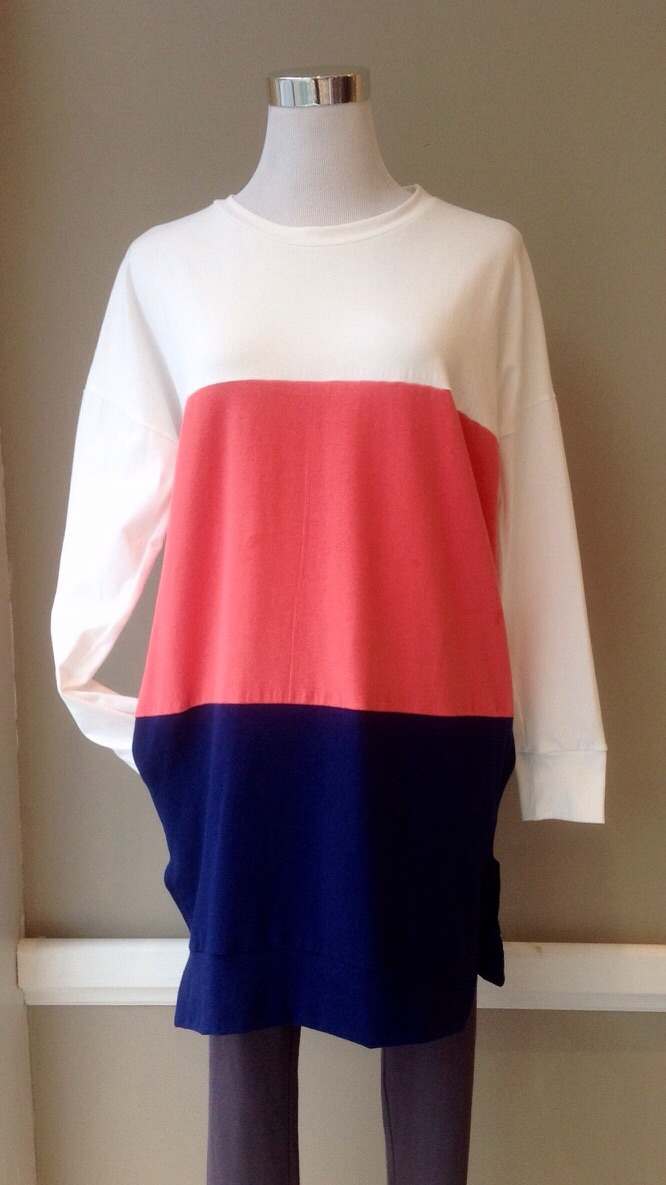Heavy cotton spandex colorblock tunic with side pockets in White/Coral/Navy, $34