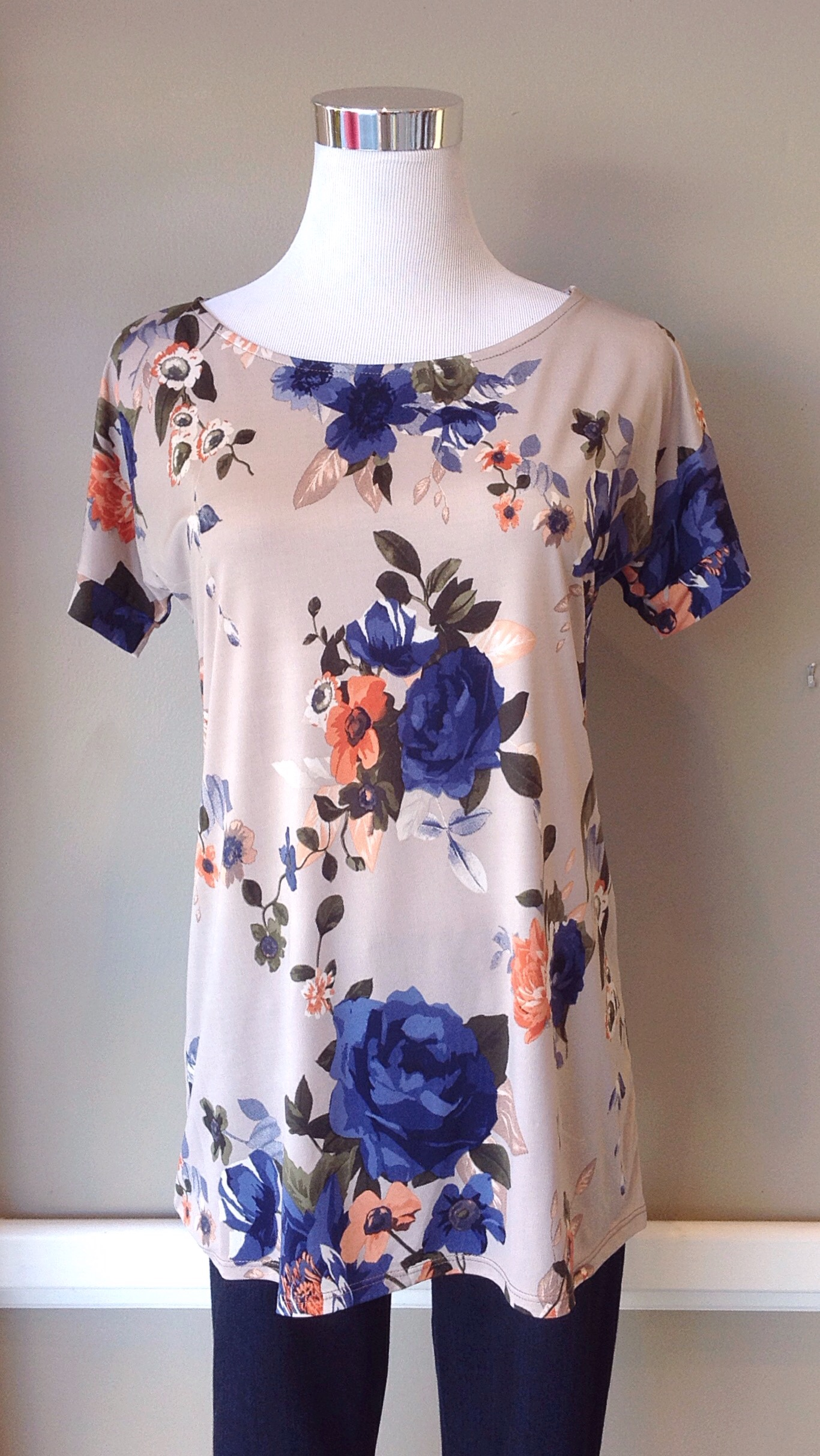 Sleek floral knit tee in taupe/multi, $32