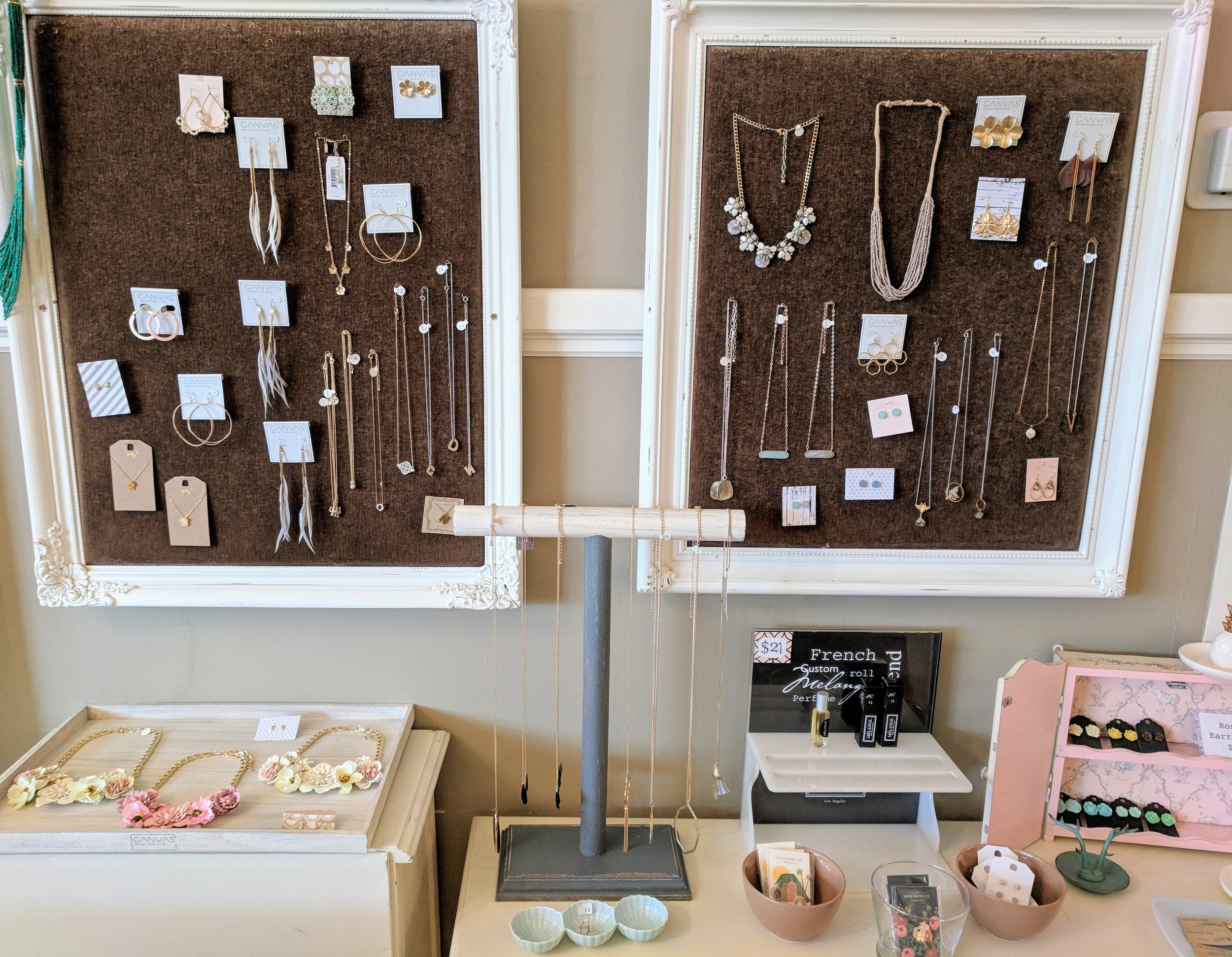 New Jewelry including necklaces and earrings