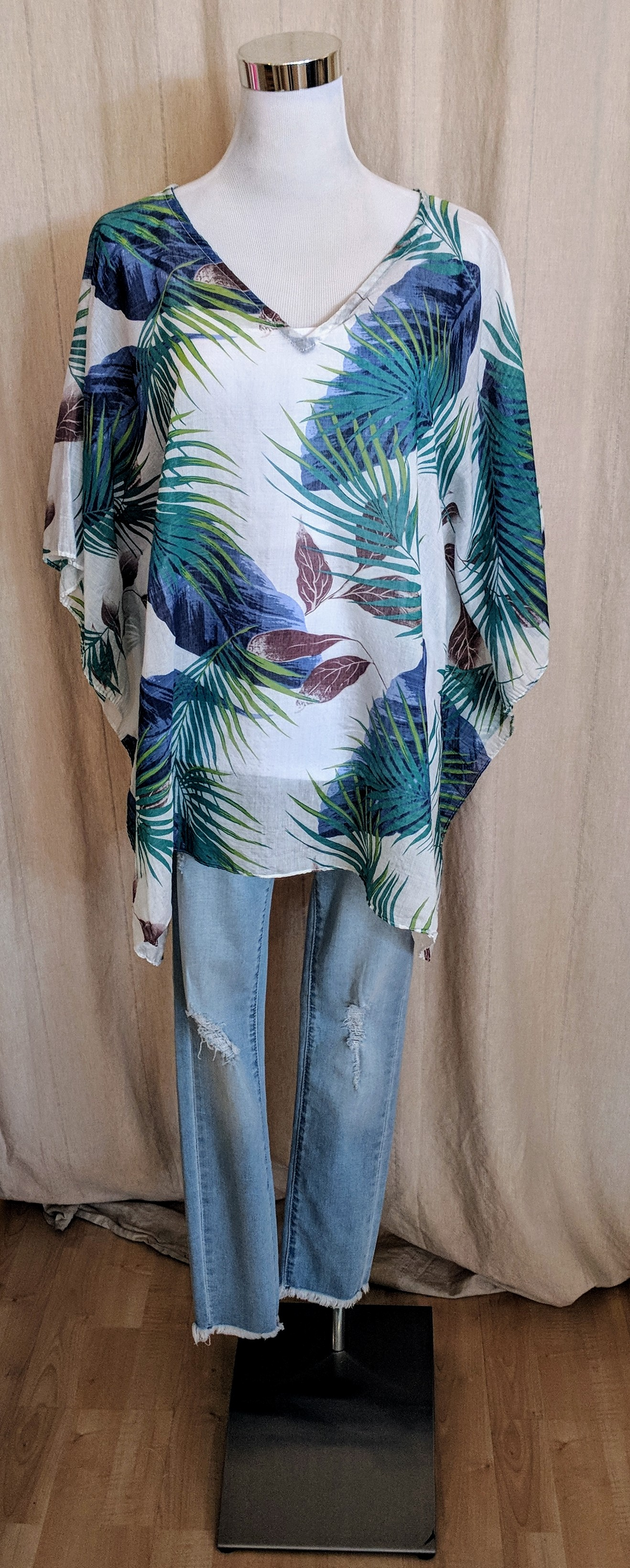 Blue tropical pattern cover.