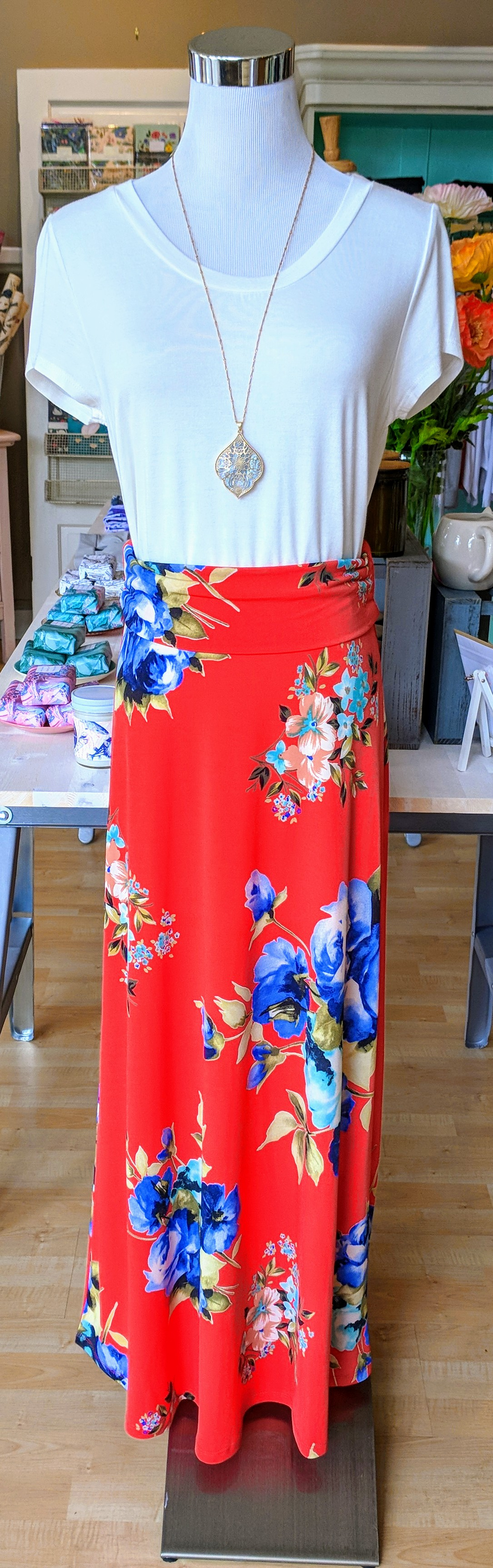 Coral floral maxi skirt with elastic waistband