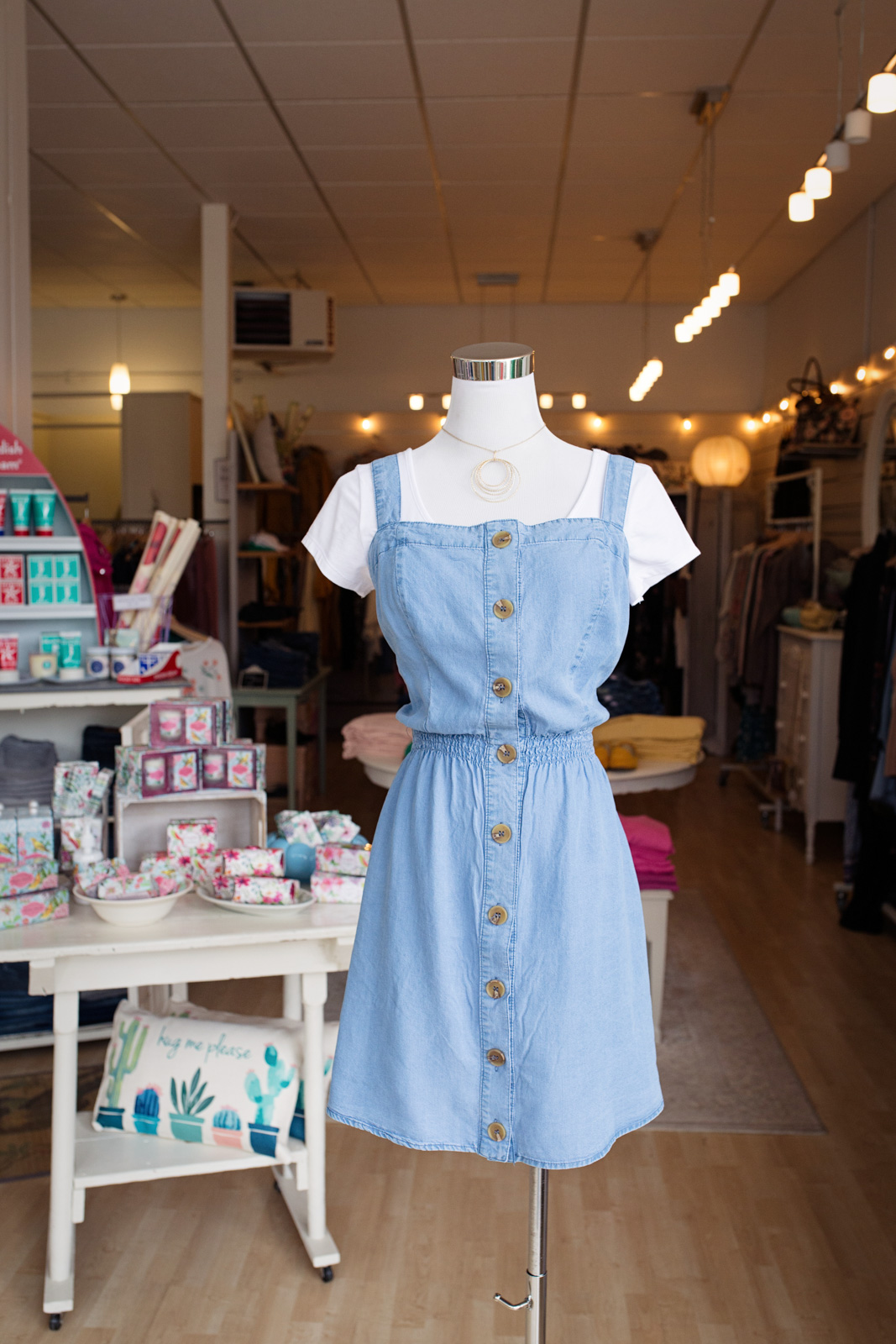 Meadow boutique seattle retail clothing store Yuliya Rae photography branding services-7.jpg