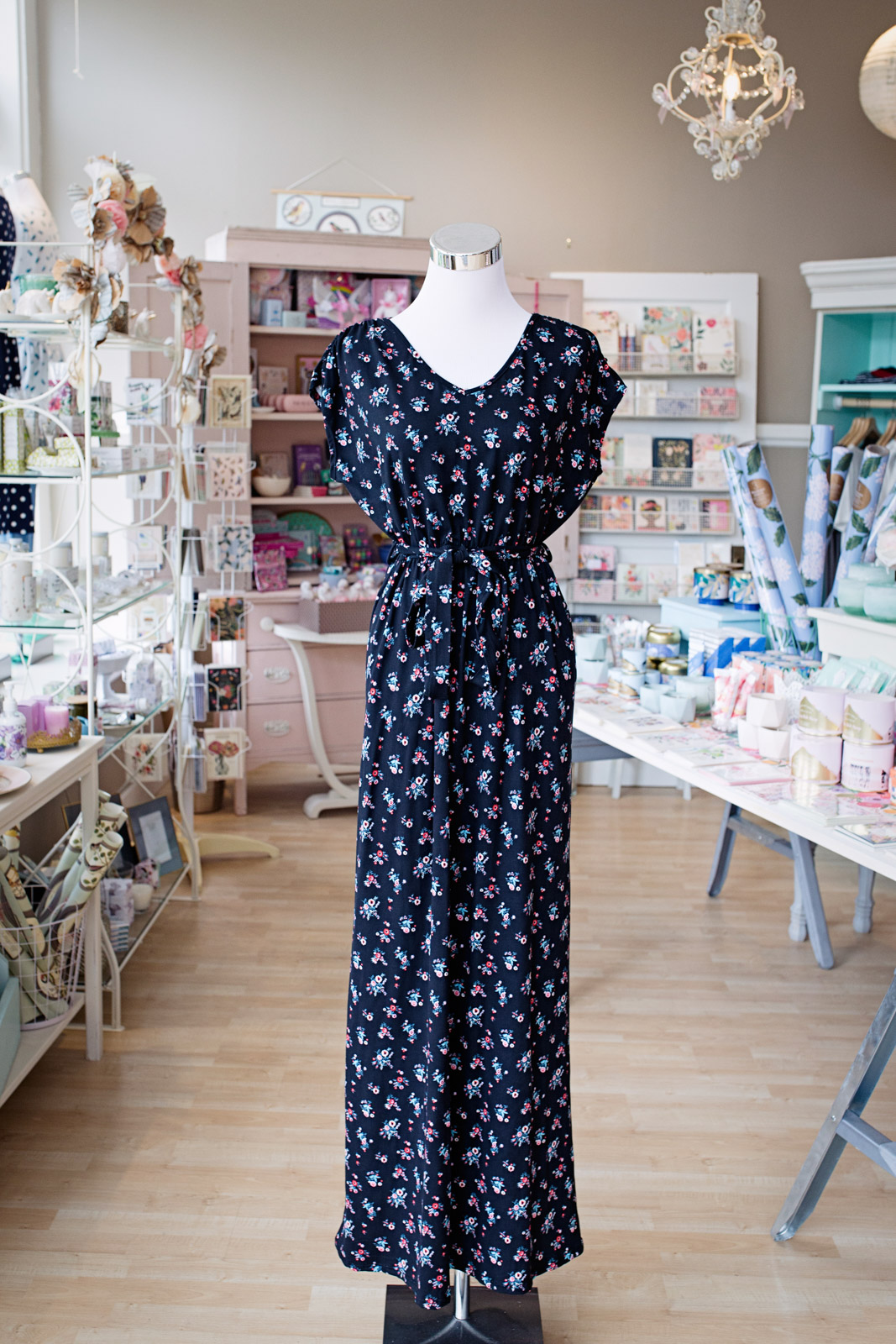 Meadow boutique seattle retail clothing store Yuliya Rae photography branding services-40.jpg