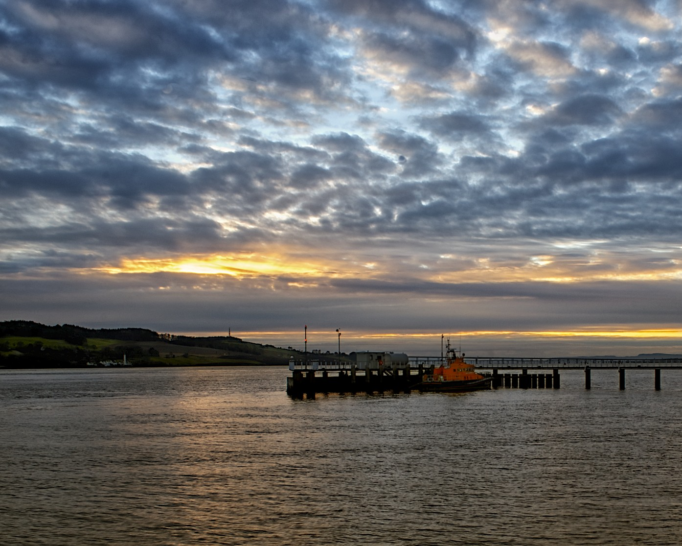 scottish life boat near dundee.jpg