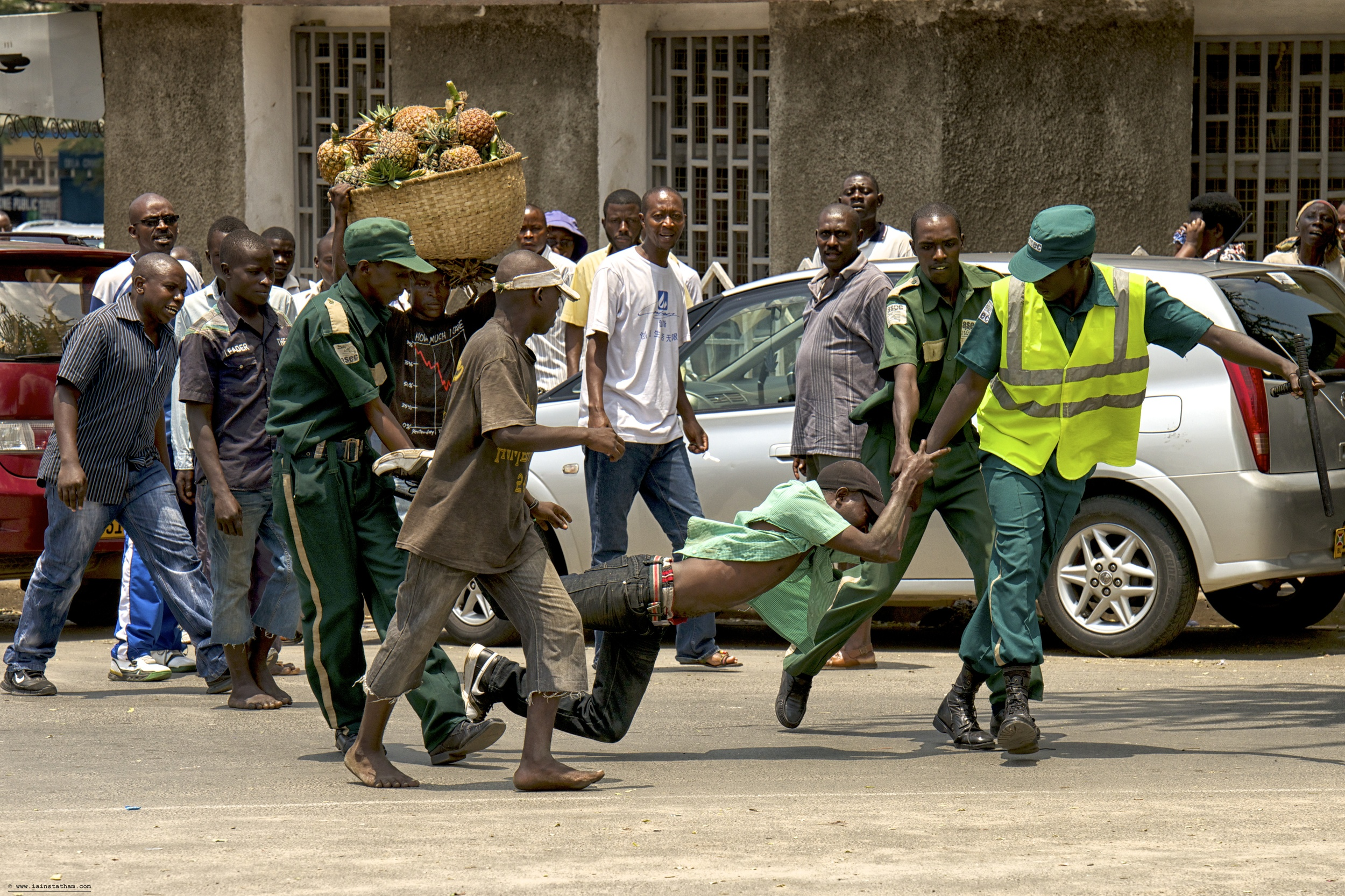 bujumbura thief 4.jpg