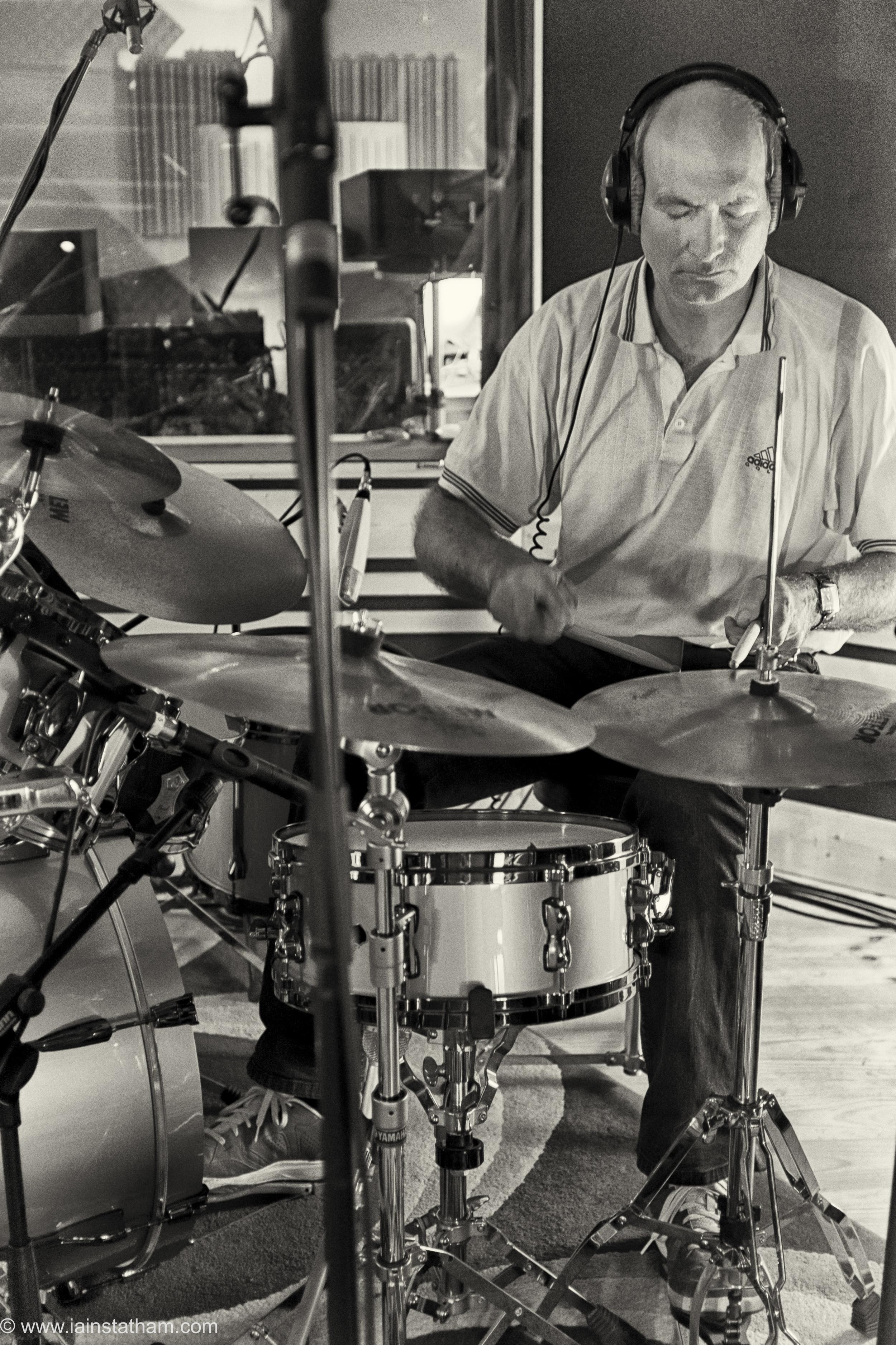 fr - music - mahognay - studio - bw - august 15-10.jpg
