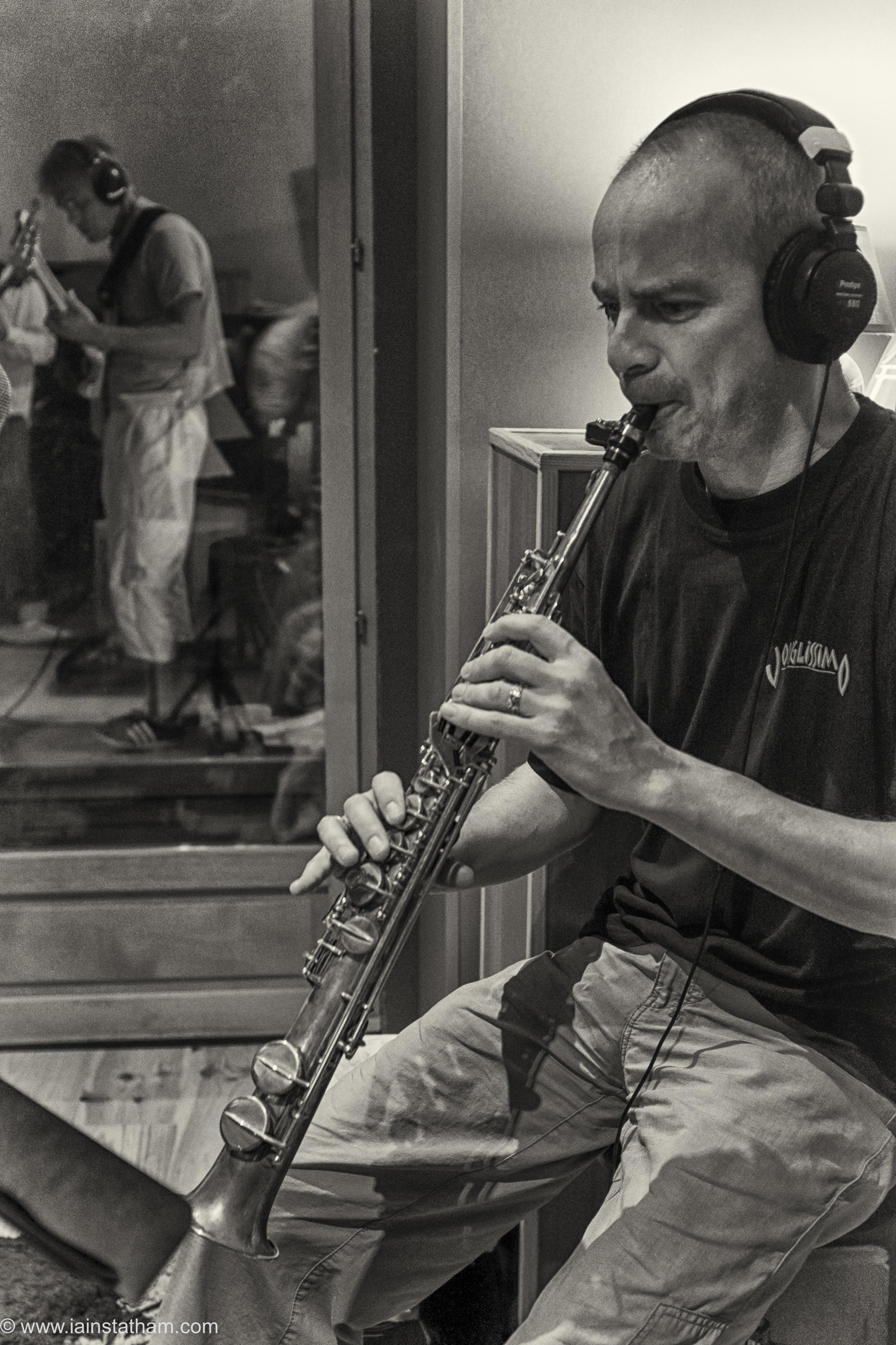fr - music - mahognay - studio - bw - august 15-16.jpg