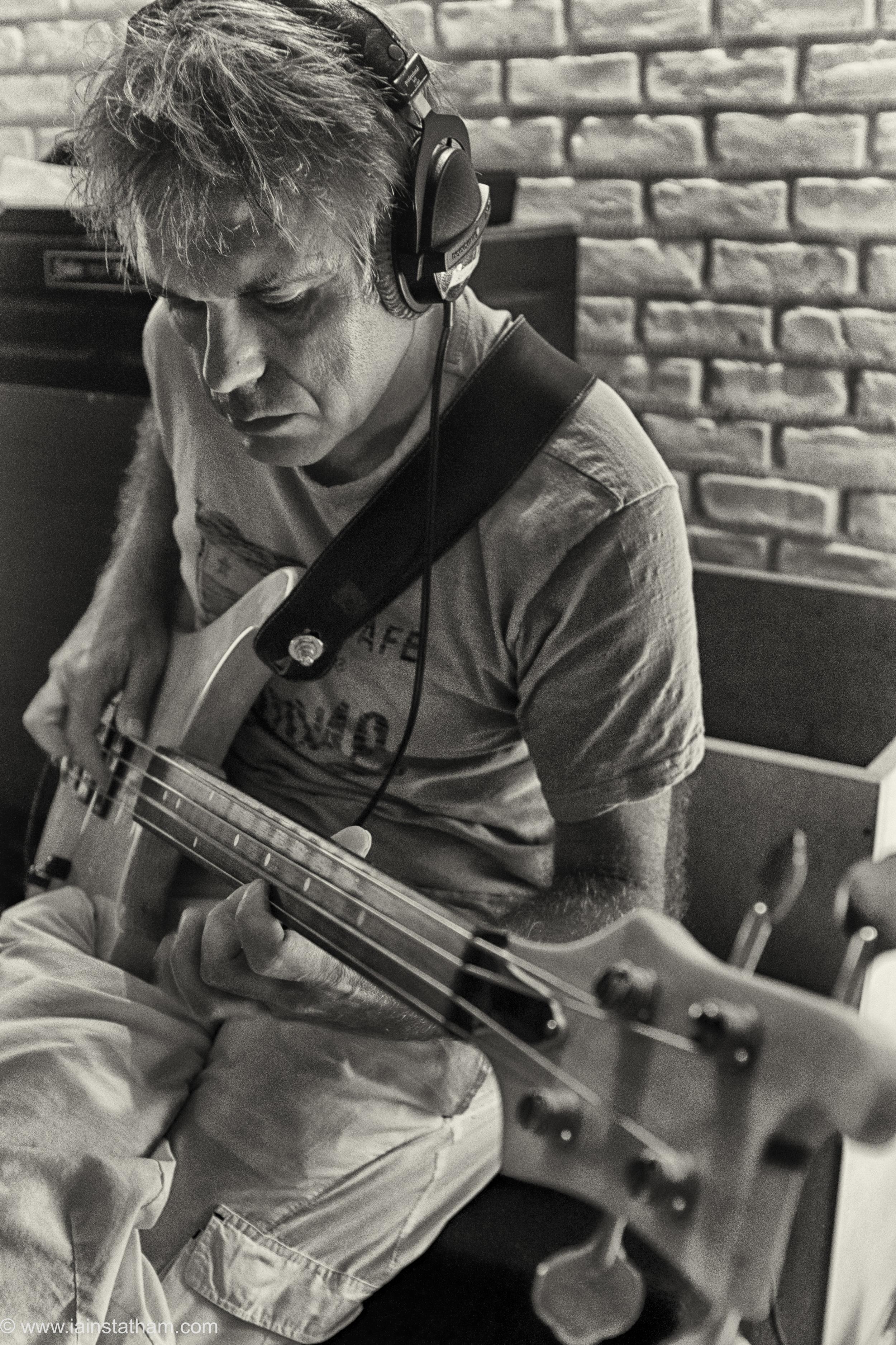 fr - music - mahognay - studio - bw - august 15-19.jpg