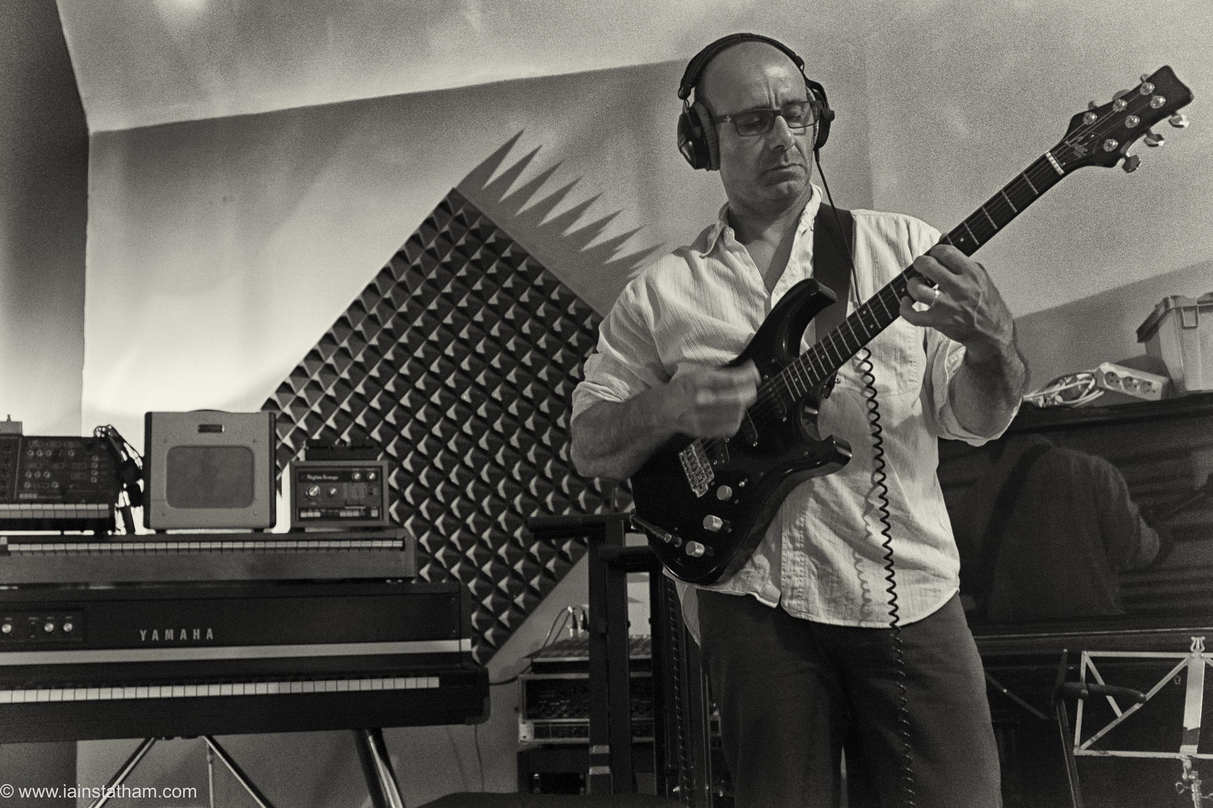 fr - music - mahognay - studio - bw - august 15-20.jpg