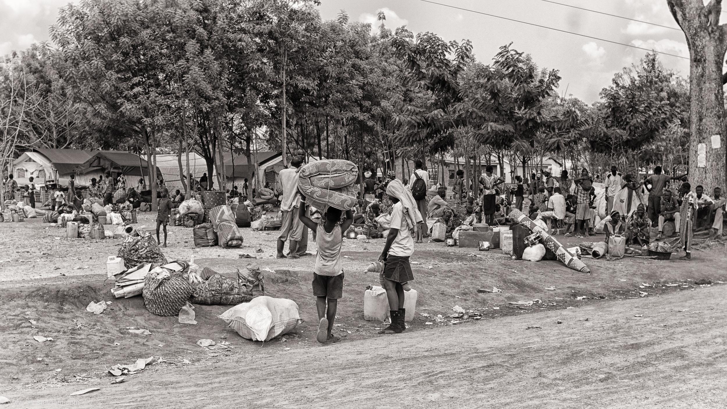 ug - south sudan refugees - dziapi - bw-3.jpg