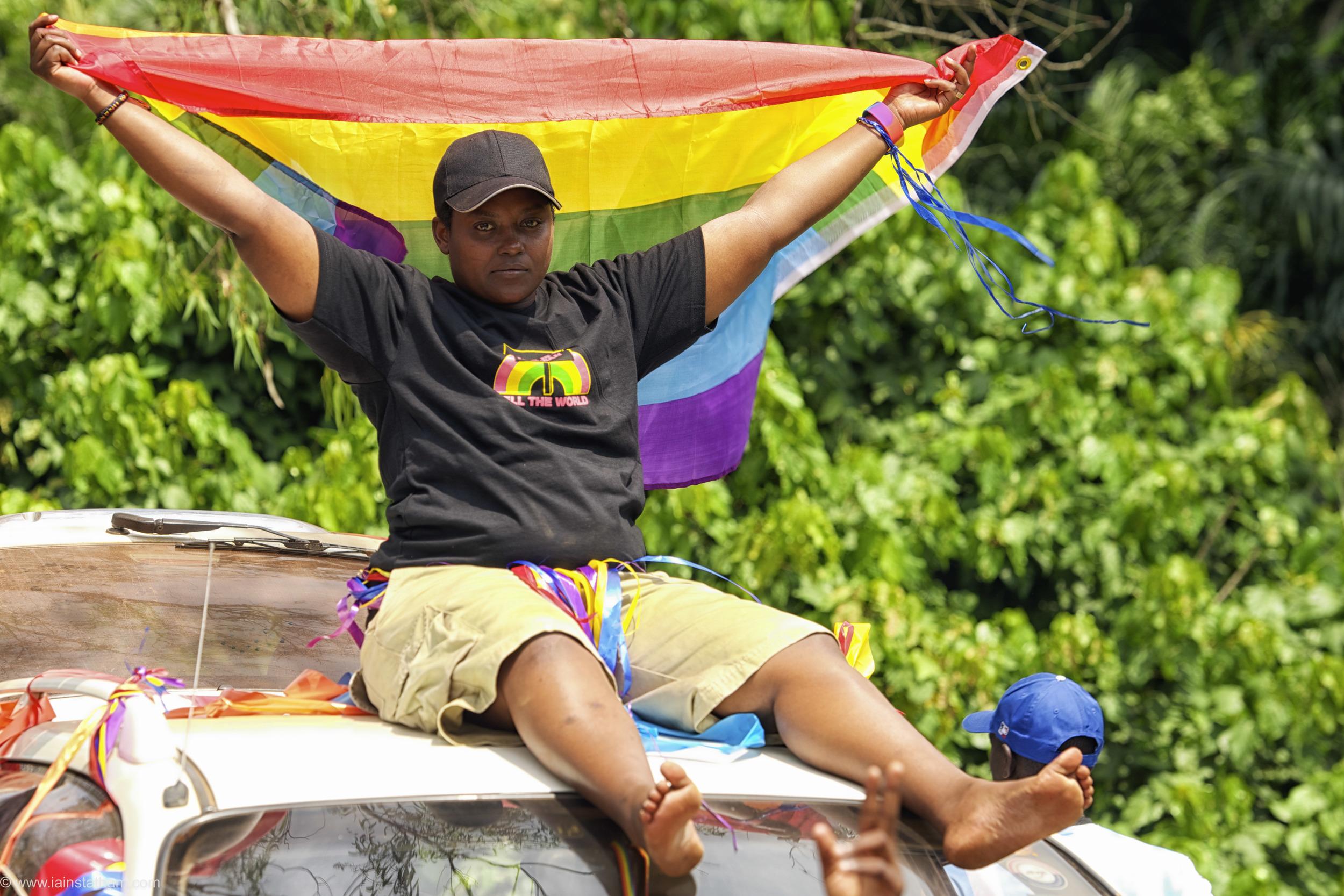 ug - entebbe - pride - colour-21.jpg
