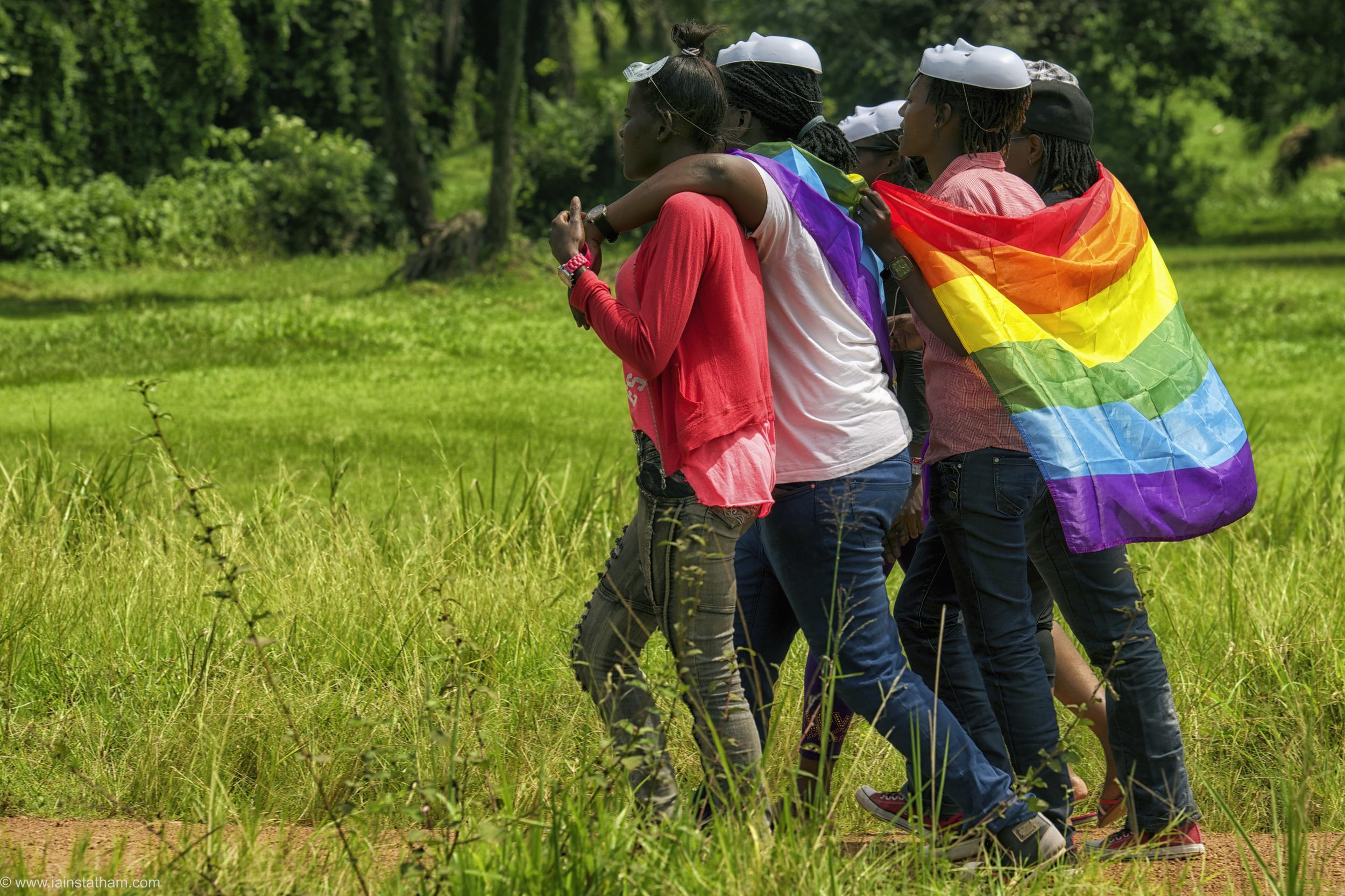 ug - entebbe - pride - colour-27.jpg