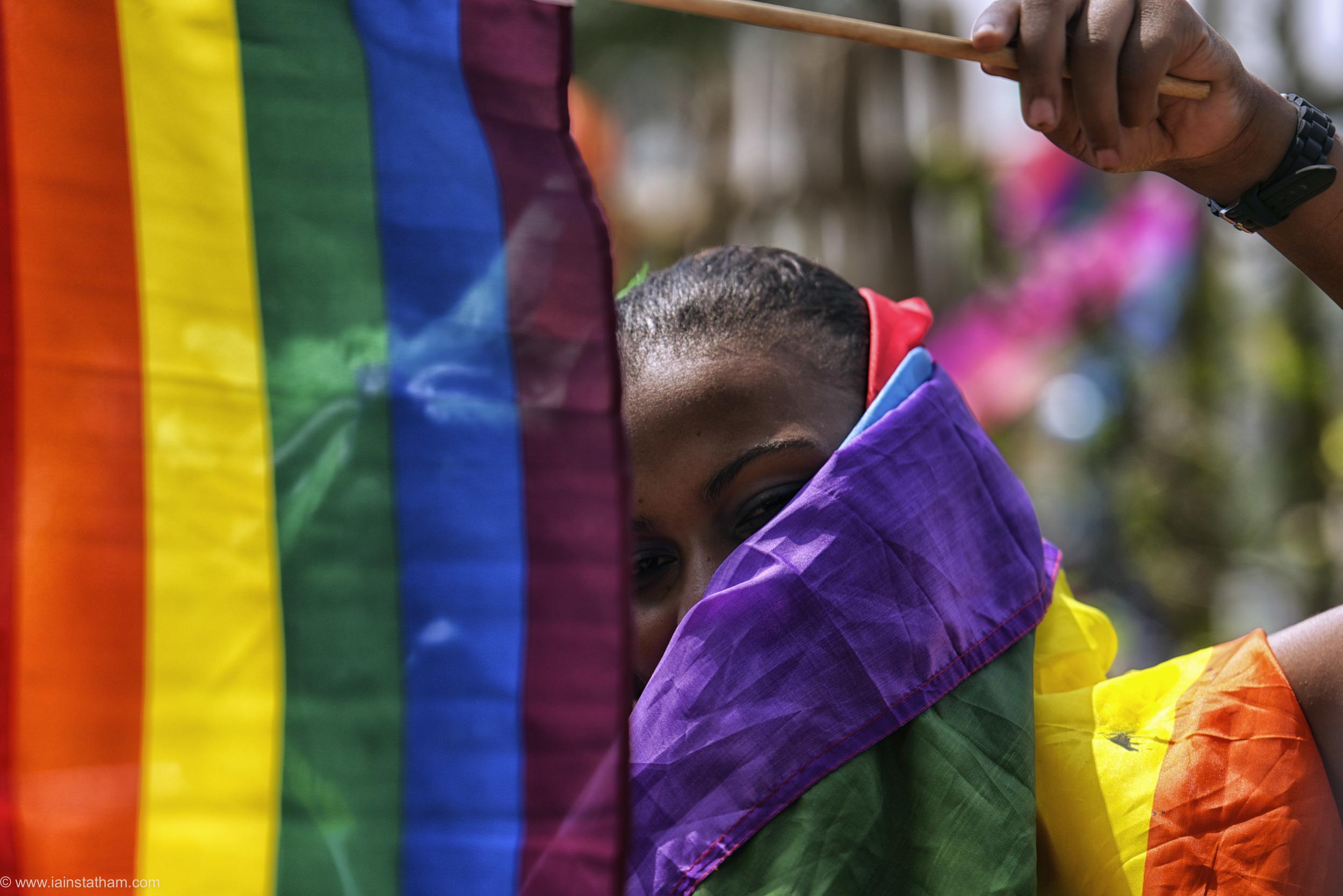 ug - entebbe - pride - colour-29.jpg