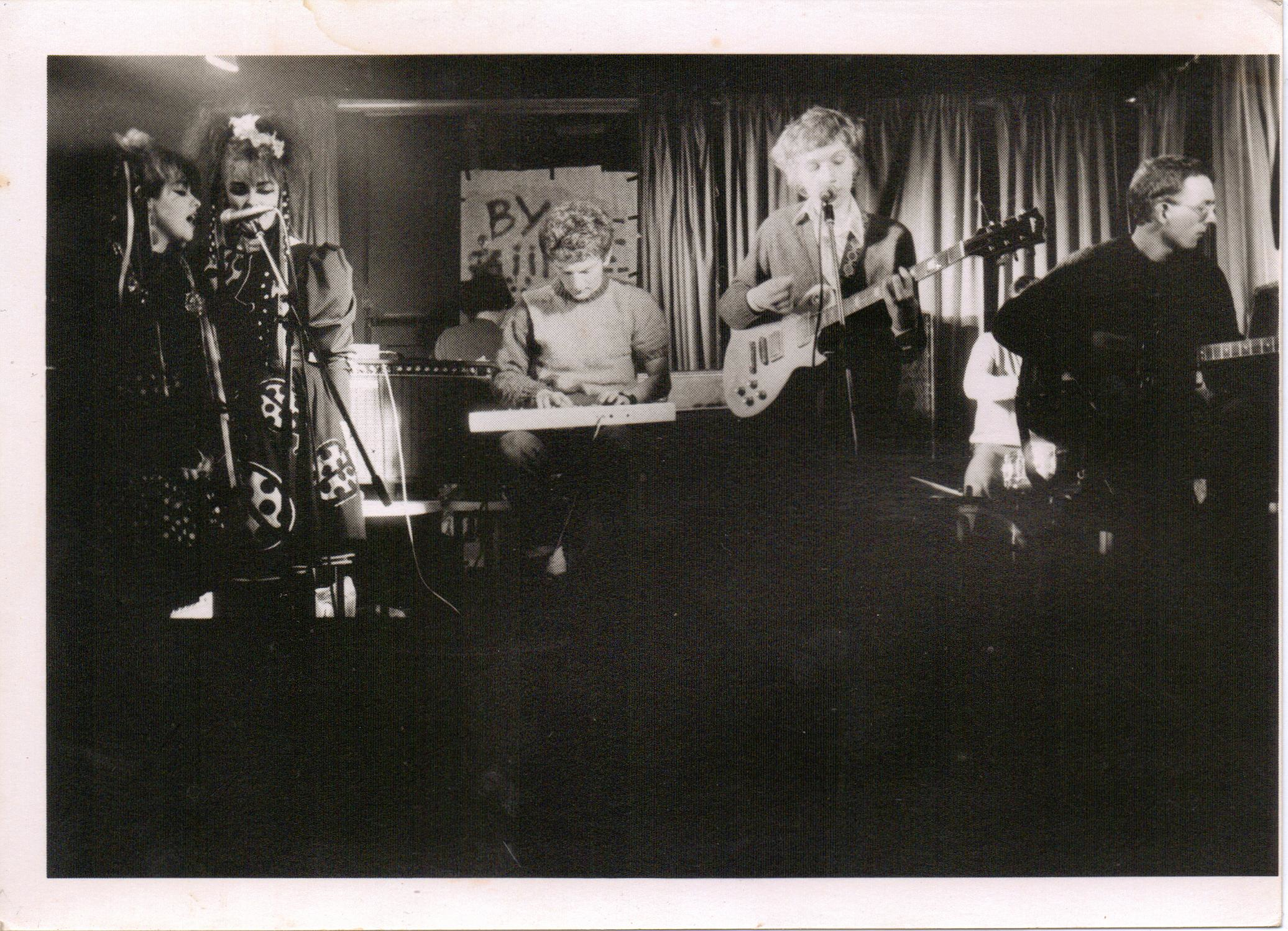 The Pastels (with Strawberry Switchblade on backing vocals), from 'A Scene In Between'. Image Courtesy of Sam Knee.