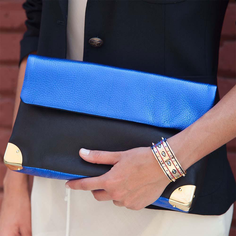 zoom_Golden_Lane_small_duo_clutch_in_metallic_blue2.jpg