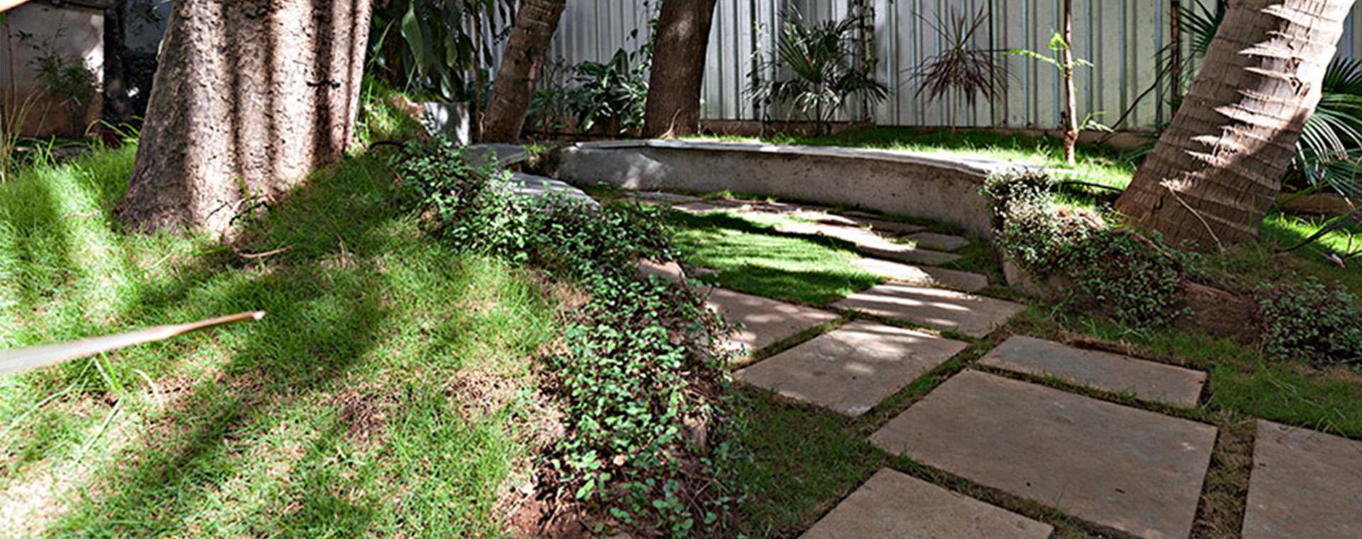 AJA_Garden_01.jpg