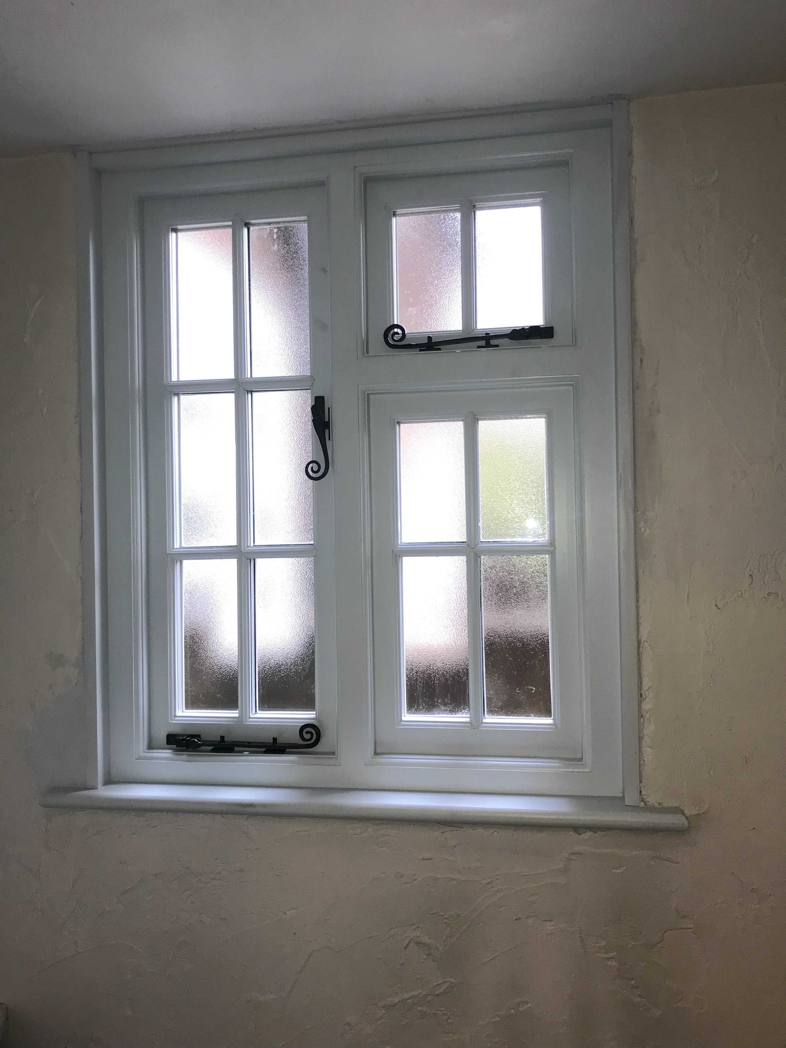 P loo window.jpg