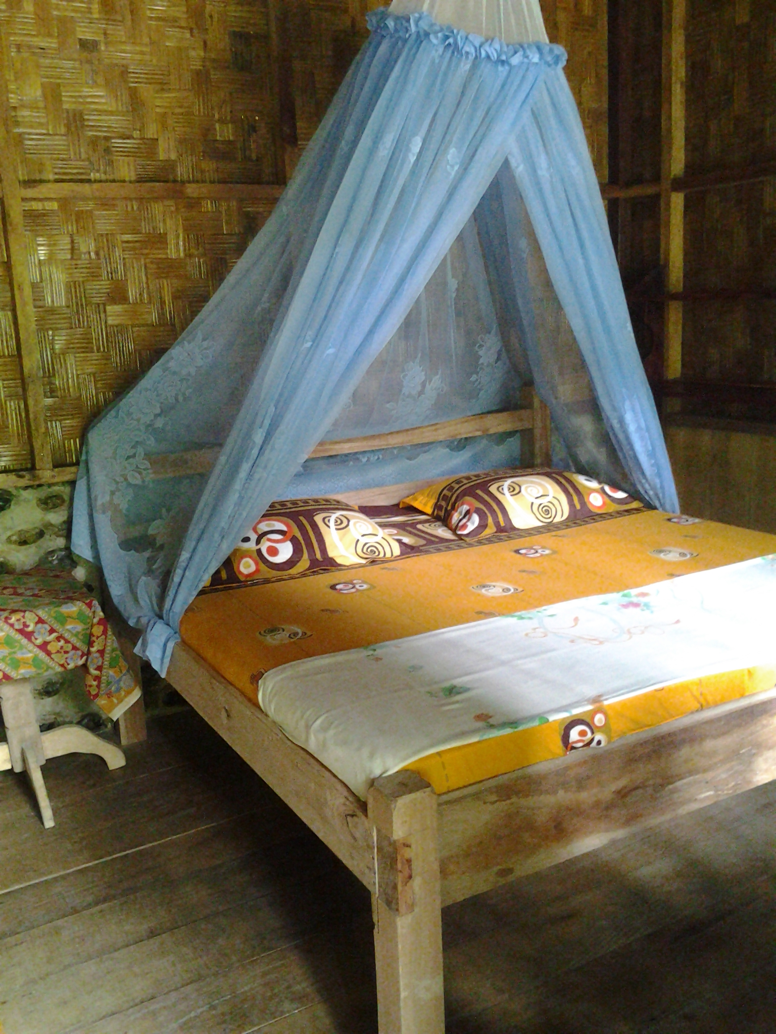 TREETOP BUNGALOW BEDROOM