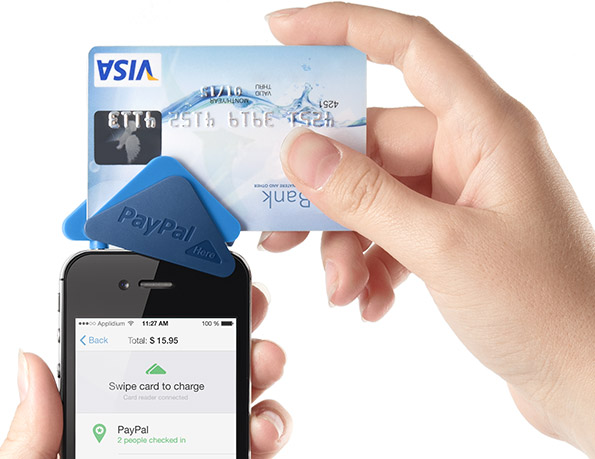 Ecwid's card reader, powered by Paypal, allows you to carry out point-of-sale transactions.