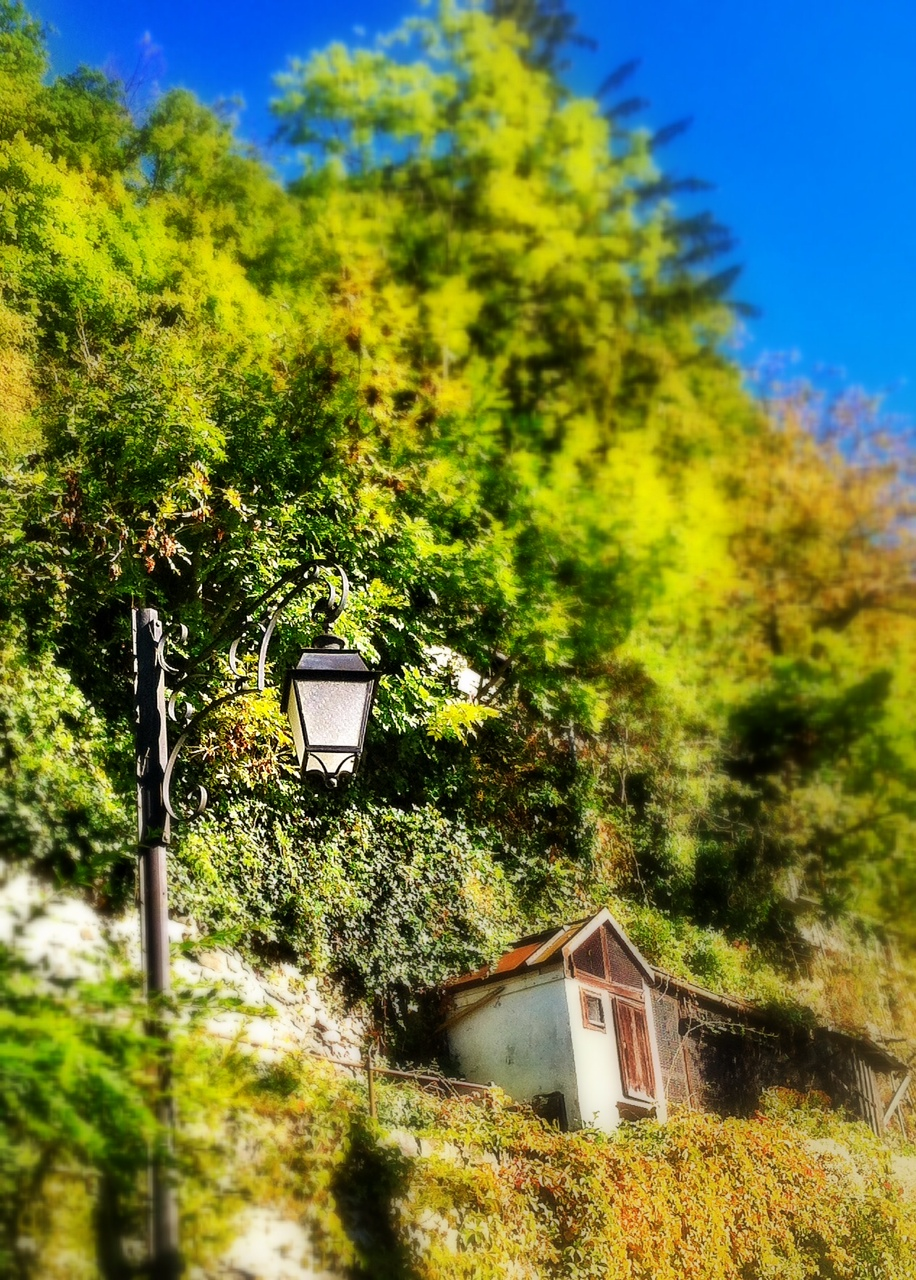Street lamp in Des Planches, Montreux
