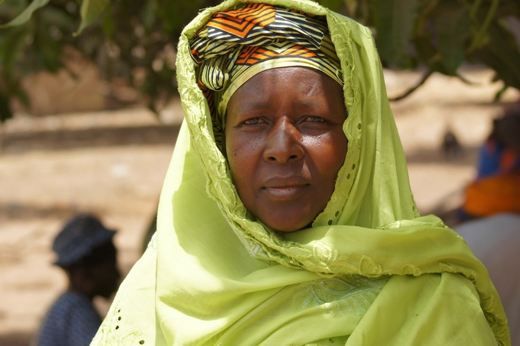 Gambia Women Colourful 7.jpg