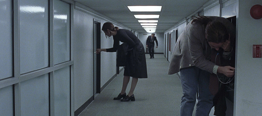 A scene from the 7 1/2th floor from the movie Being John Malkovich