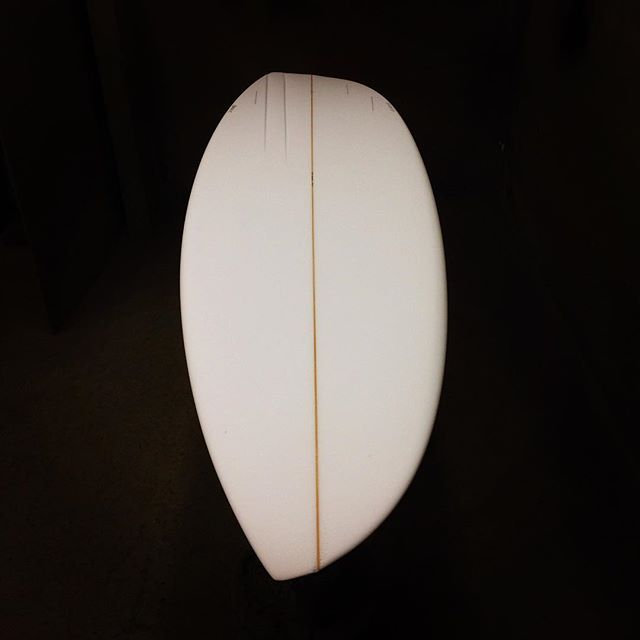 Custom #Moonwalker with two toe-side channels, and featuring the standard staggered tri. #asym #asymmetricalsurfboard . Check out the design at hazesurfboards.com and let us know your thoughts! . . #haze #hazesurf #hazesurfboards #surf #customsurfboards #designsbyhaze #surfdesign #surfboard