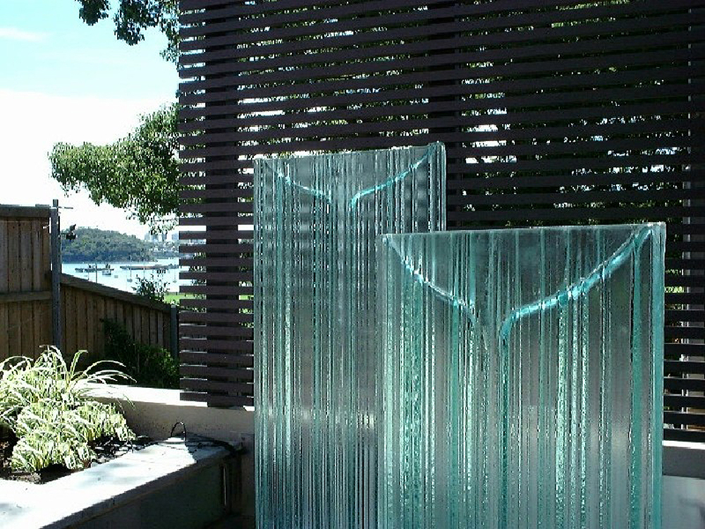 AquaZone Formed Glass Water Feature