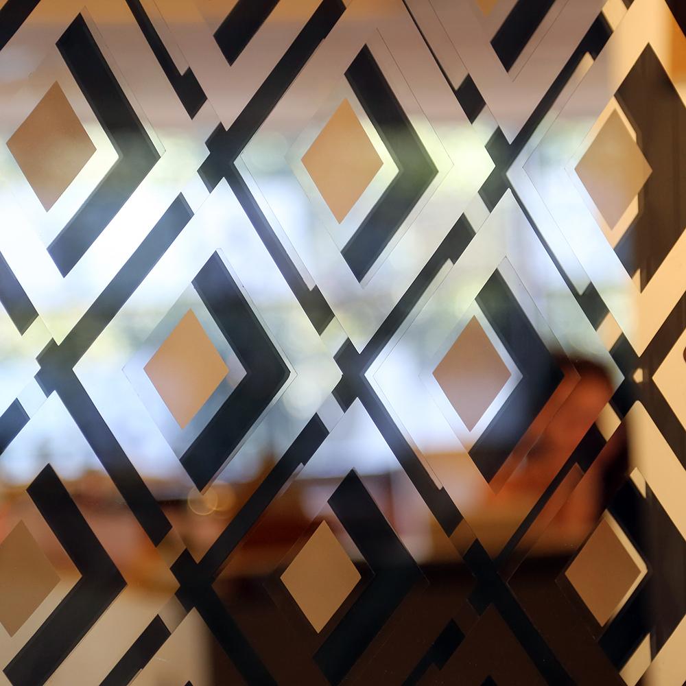 Mirror Mirror | Avant Pattern