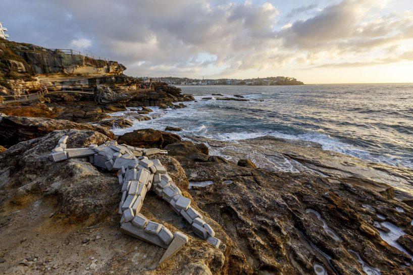 sculpture-by-the-sea-australia-bondi-beach-designboom-20-818x545.jpg