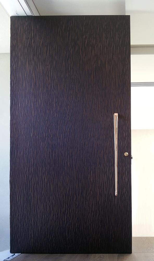 Cortex Door Bronze Florentine