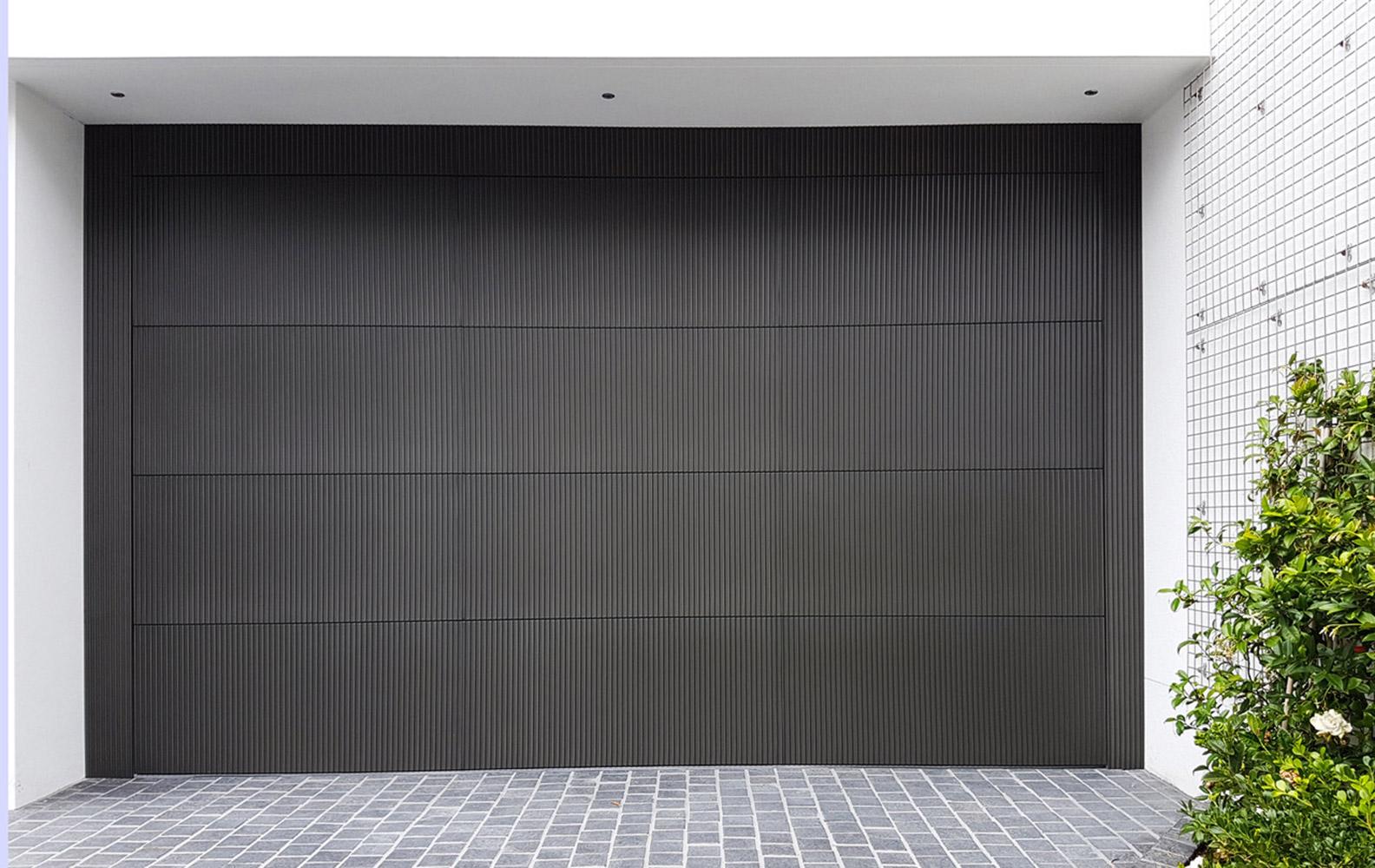 Doric Garage Door | Anthra Zinc
