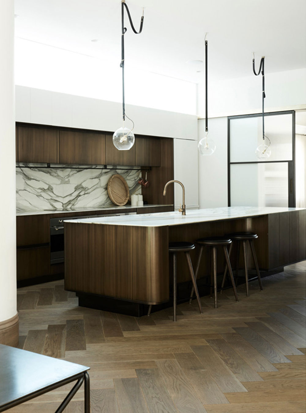 Surface: Bronze Smooth Florentine Linish Design: Alwill Interiors Joinery: Sydney Joinery Photography: Prue Ruscoe