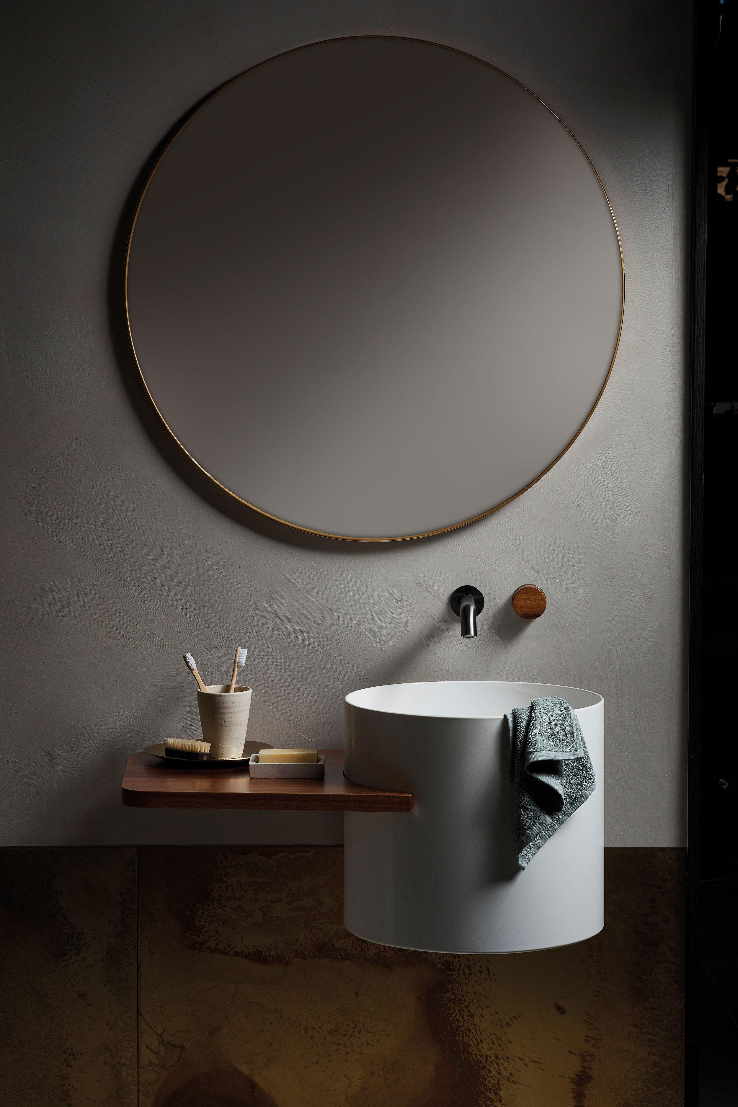 Brass Sheet Metal - Pearl Patina, Cement Paint - colour Linen (095)