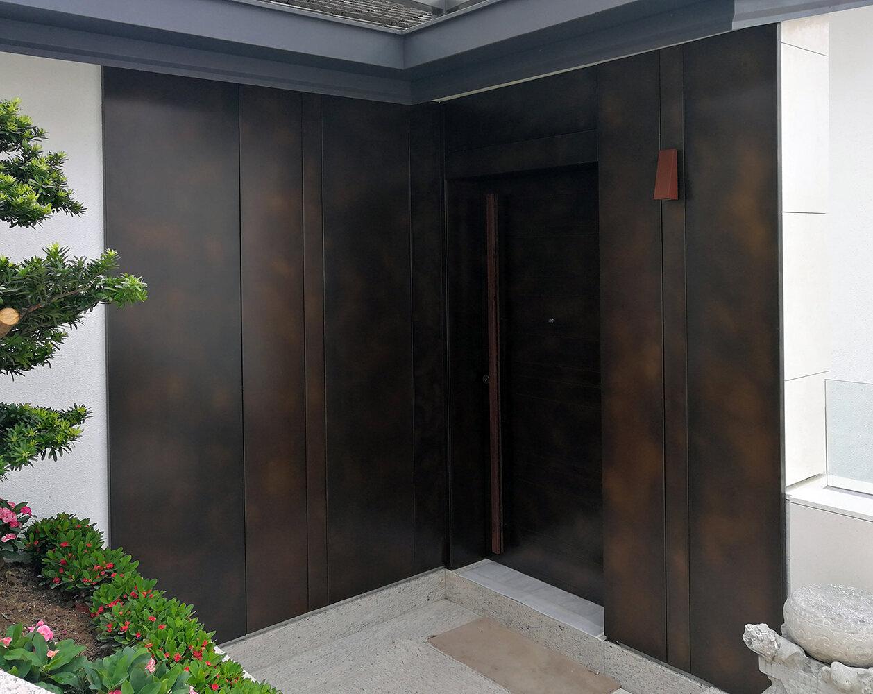 Doors_entrance_TreasuryBronze_Flornetine1.jpg
