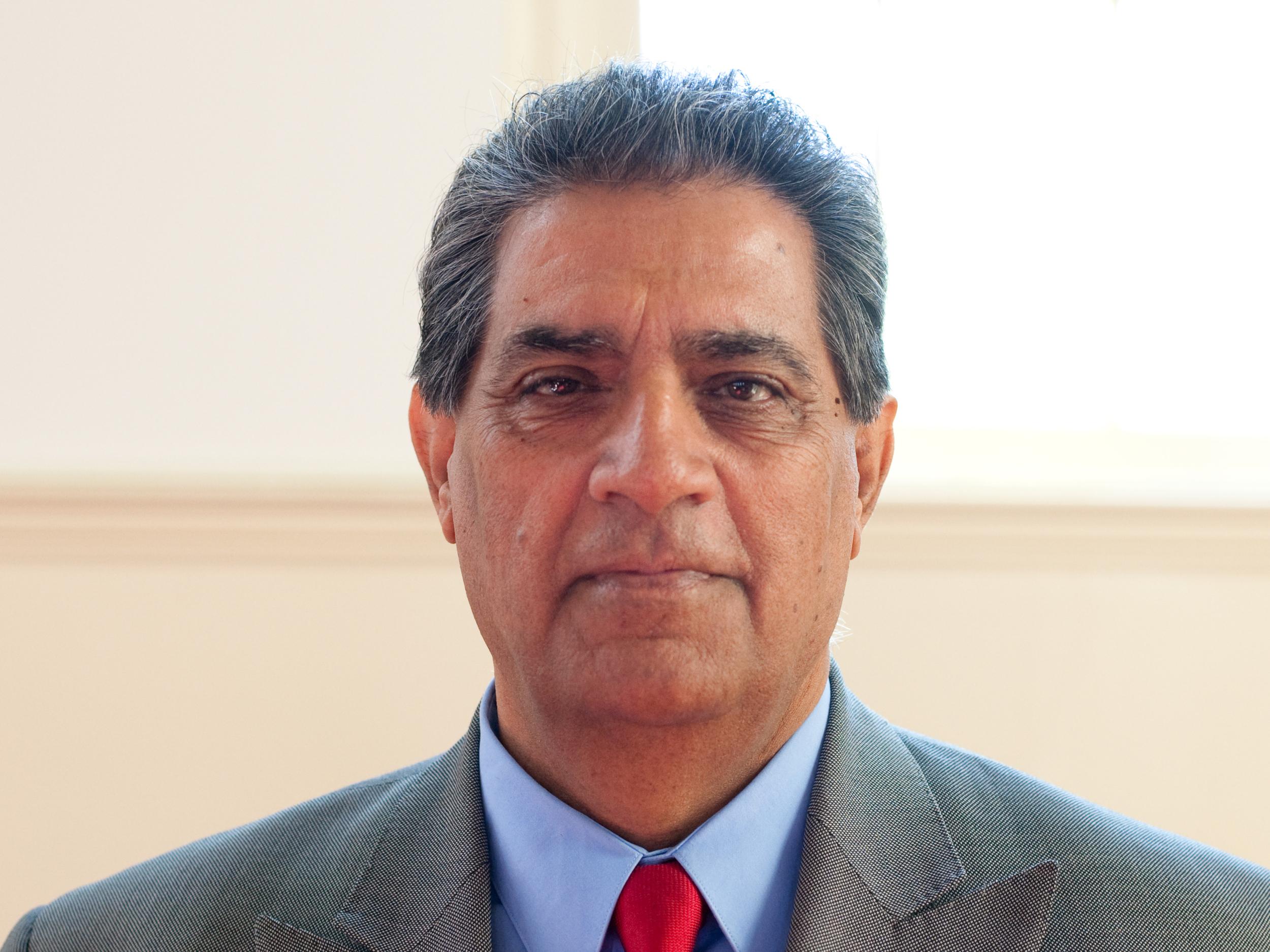 Asad Hashemi, Pastor of Farsi Fellowship - farsi@foresthills.org919-828-6161x134