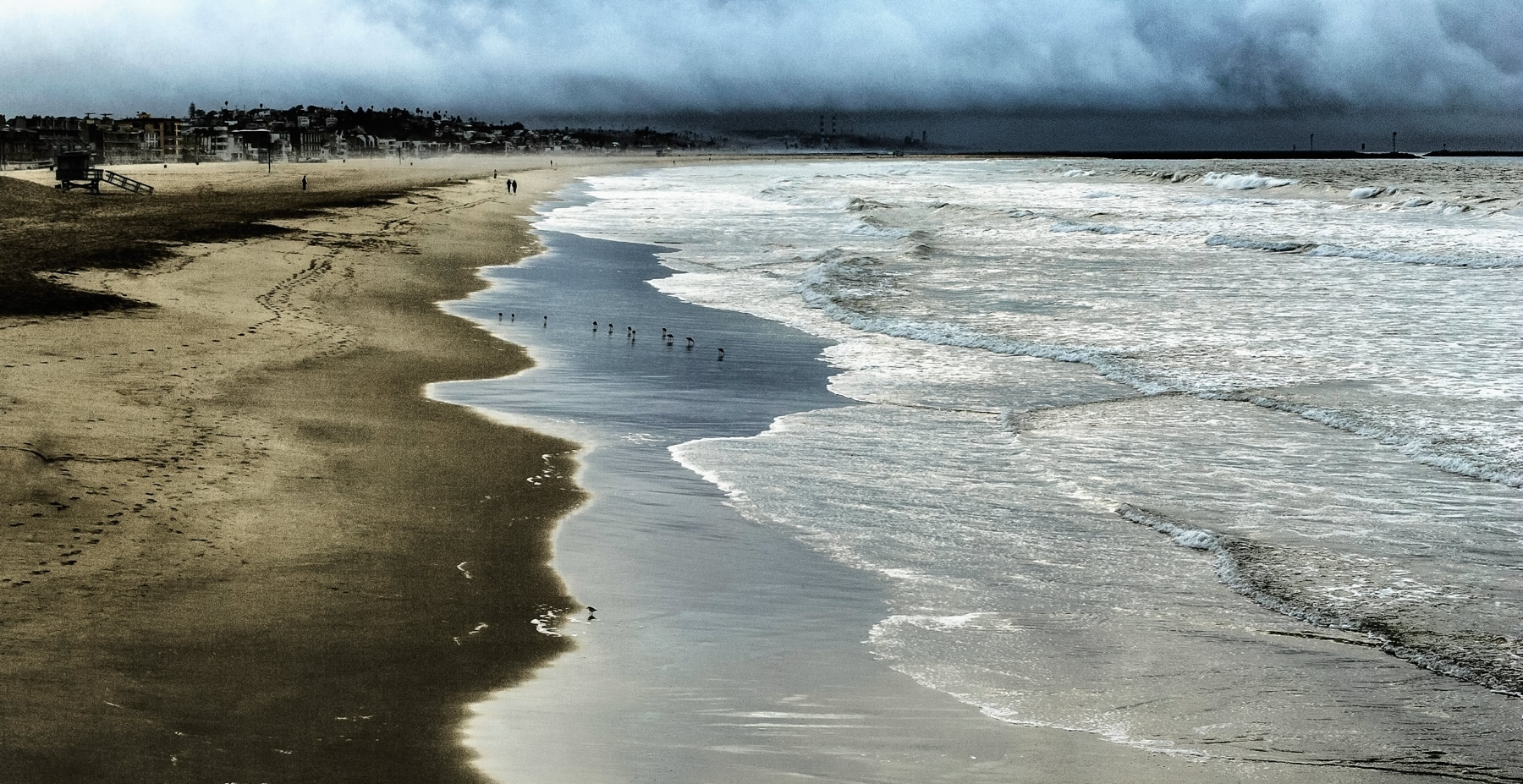 long-strectch-good-morning-beach.jpg