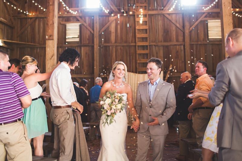 Iowa Barn wedding photo by eric yerke